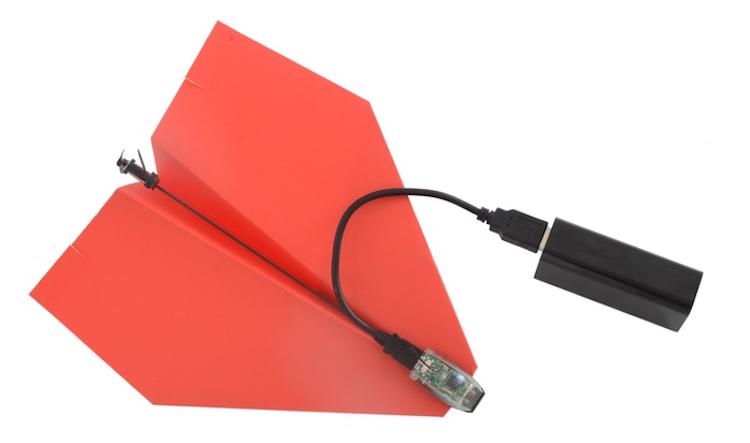 PowerUp 3.0 Topladığı fon ($): 1,232,612 El yapımı kağıttan uçağa eklenen iskelet modülüyle dünyanın en klasik oyuncağını akıllı telefonla kontrol edilebilir hale getirdi.