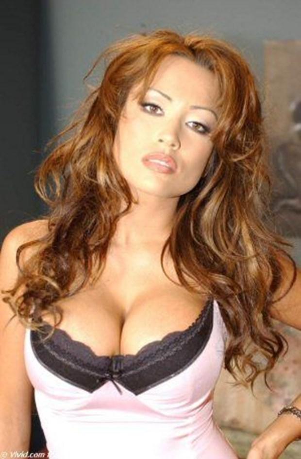 Complex tüm zamanların en güzel 50 porno yıldızını seçti