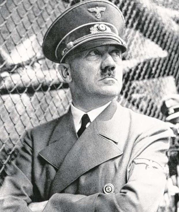 Hitler'le ilgili şok iddia:Hitler ölmedi