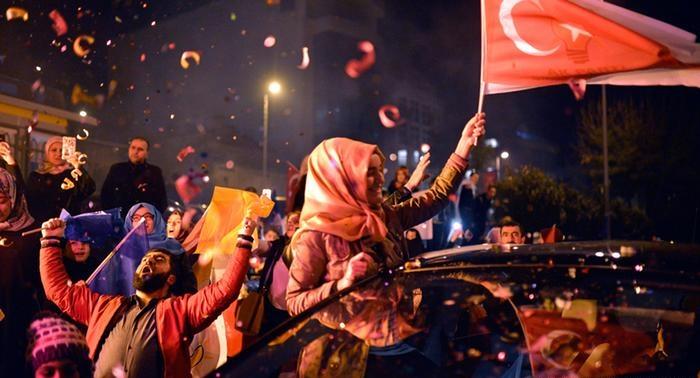 Türkiye'de Halk koalisyondan korktu 'Şaka Gibi'