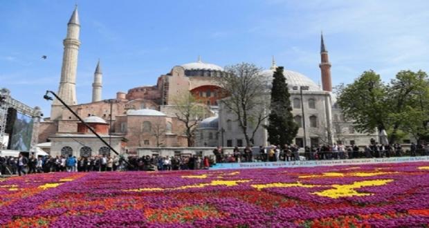 Türkiye'nin 3 büyük sorunu: 1 yalan 2 riyakarlık 3 din tüccarlığı
