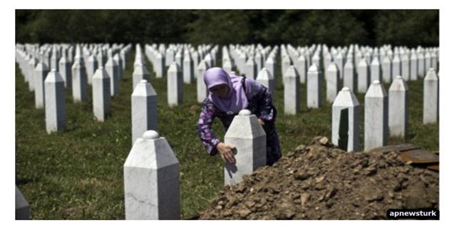 Uluslararası Savaş Suçları Mahkemesi Radovan Karaciç'i suçlu buldu