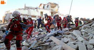 İtalya'da depremin dehşet veren görüntüleri