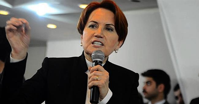 """Foreign Policy dergisi """"Cesur, milliyetçi büyükanne Meral Akşener, Türkiye'nin demagojik cumhurbaşkanının yerini alma potansiyeli olan gerçek bir tehdit. Elbette eğer (Cumhurbaşkanı Recep Tayyip) Erdoğan onu önce hapise atmazsa"""" ifadelerine yer verdi."""