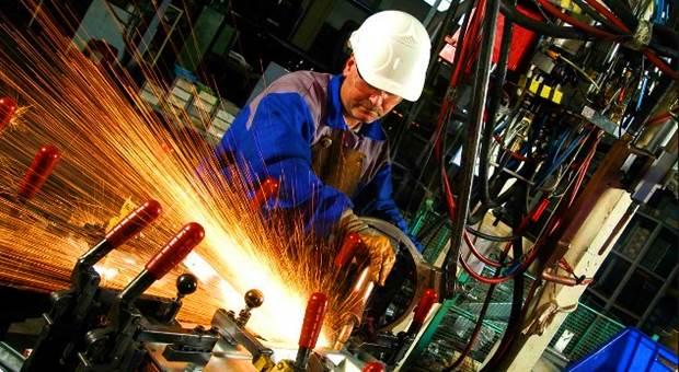 Sanayi ciro endeksi 2016 Nisan'a göre yüzde 29.5 arttı