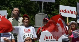 Adalet yürüyüşüne New York'ta yaşayan Türkler'den destek