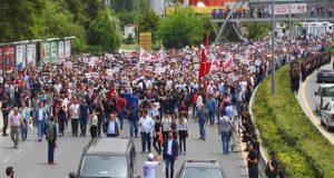 """La Repubblica, Kılıçdaroğlu için:""""Türk Gandi'nin yürüyüşü Erdoğan'ı korkutuyor"""""""