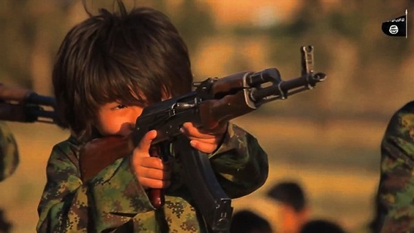 IŞİD'in Çocuklar Üzerinde Etkisi: IŞİD Çocukları Nasıl Yetiştiriyor