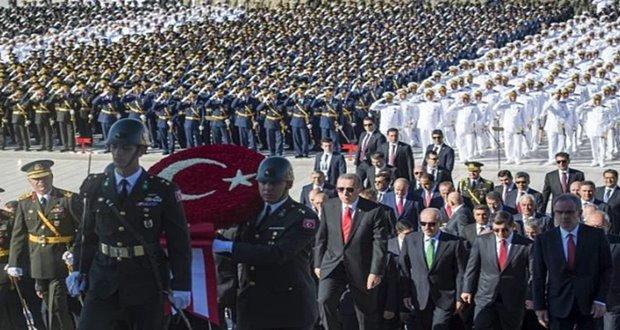 Devlet erkanı 30 Ağustos Zafer Bayramı dolayısıyla Anıtkabir'de