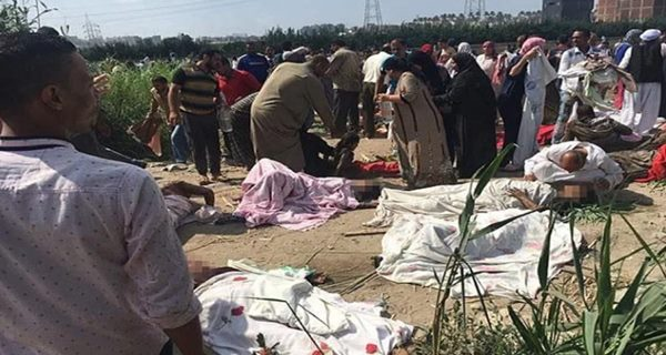 Close up look at the horrific aftermath of Egypt train crash video