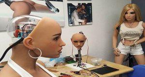 Sex doll makers create Robohunk models women-Video
