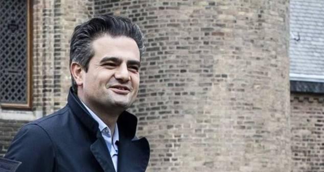 Hollanda Fatma Şahin'in Deventer kentini ziyaret etmesine karşı çıktı