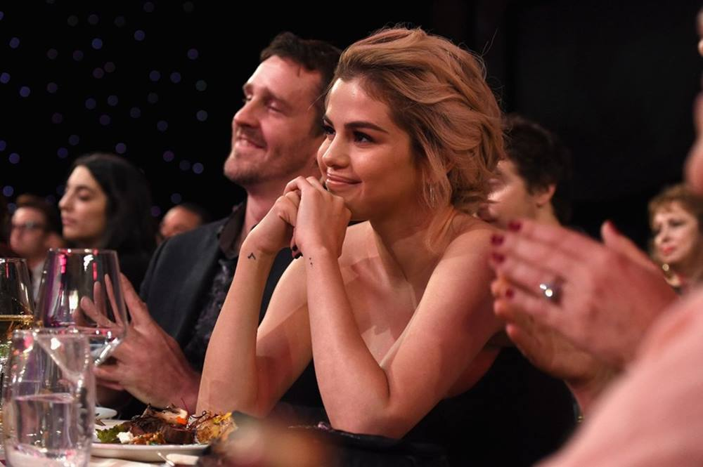 Selena Gomez: Hiçbir şeyi kafama takmamaya çalışıyorum