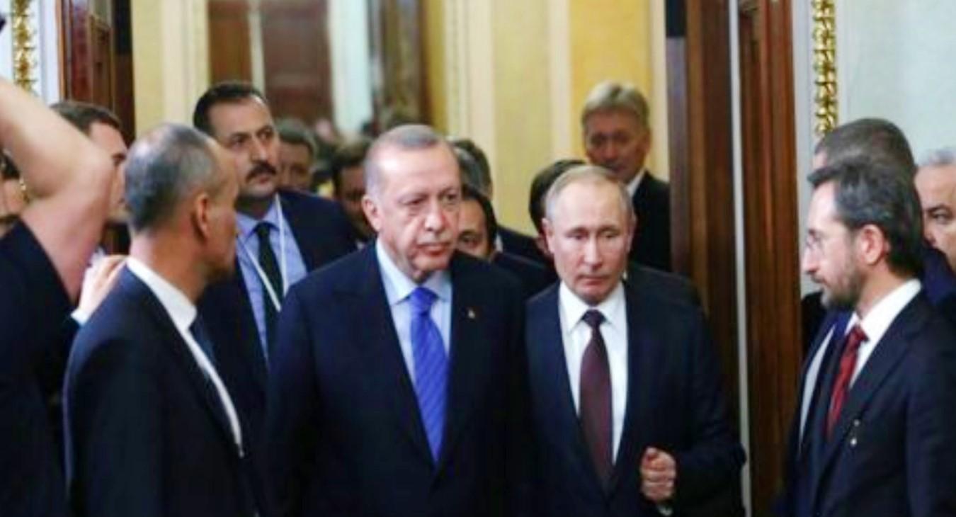 """Financial Times: """"Erdoğan'ın Putin'e yakınlaşması, aşağılayıcı bir deneyim oldu"""""""