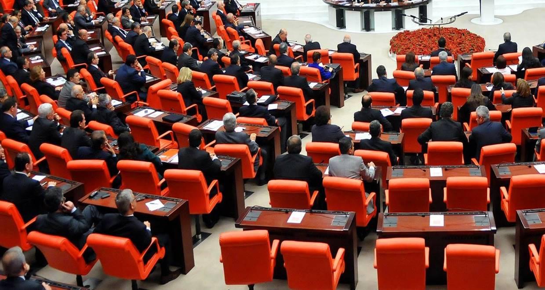 Çoklu baro sistemi teklifi Adalet Komisyonu'nda kabul edildi