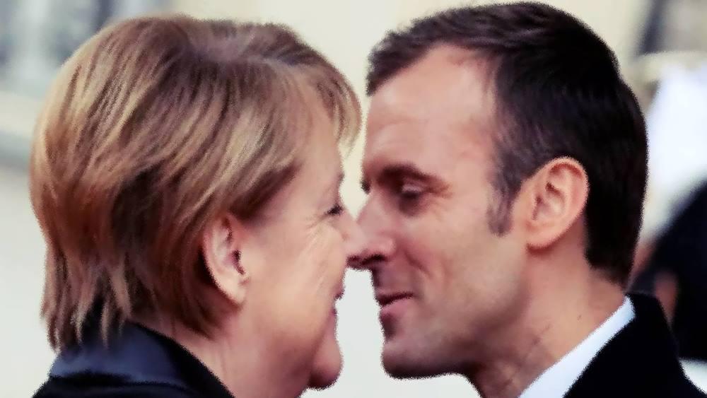Almanya Başbakanı Angela Merkel: Tüm AB üyeleri Yunanistan'ı desteklemeli