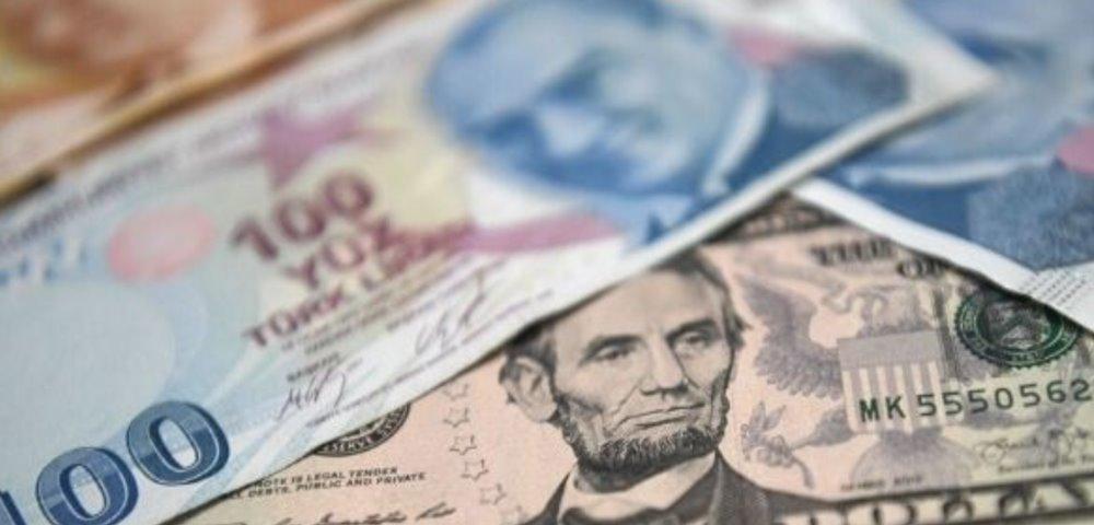 Dolar/TL kurunun tekrar 8'in üzerine Çıkmasında Arınç'ın istifasının rolü var mı?