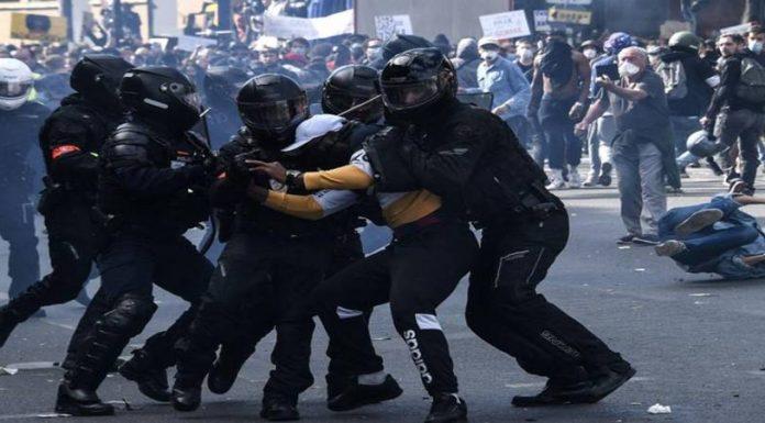 Fransa'da 'güvenlik yasası' karşıtları yine sokakta 75 kişiye gözaltı