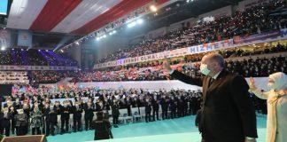 Lebalep AKP Kongresi'ne kalabalık katılım sosyal medyada tepki çekti