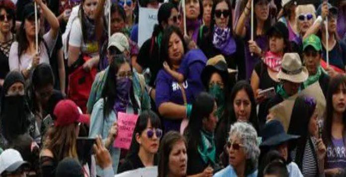 8 Mart Dünya Kadınlar Günü Kutlama mı hak arayışı mı?