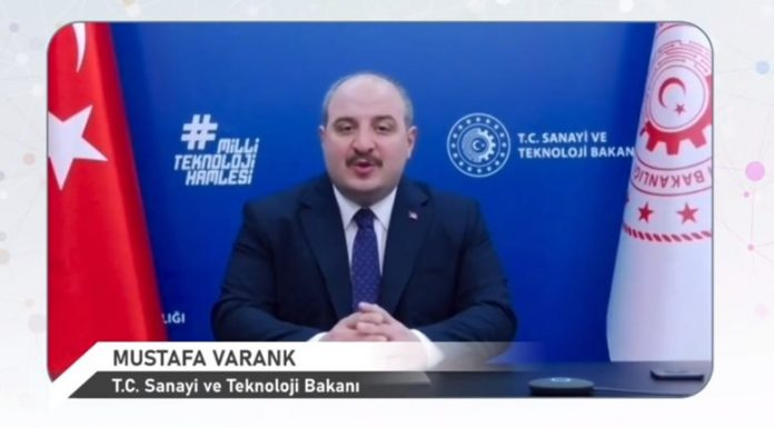 Bakan Varank: Türkiye'nin geçen yıl büyümesi salgın sonrası için potansiyel barındırıyor