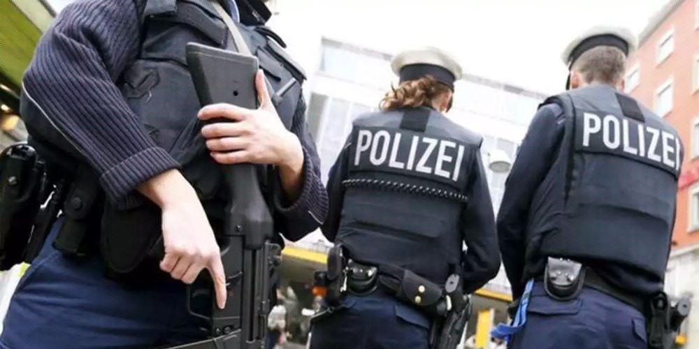 Almanya'da silah ve isim listesiyle yakalandığı iddia edilen Türk vatandaşı kim?